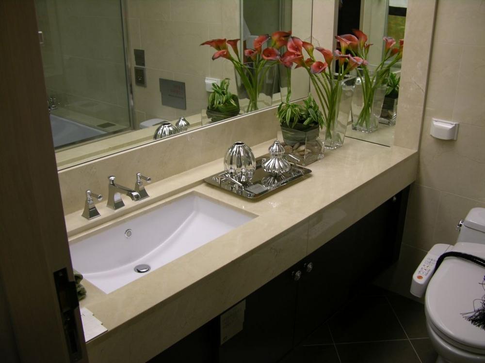 Столешница в ванную из искусственного камня своими руками