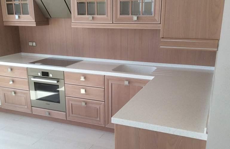 Кухонная акриловая столешница